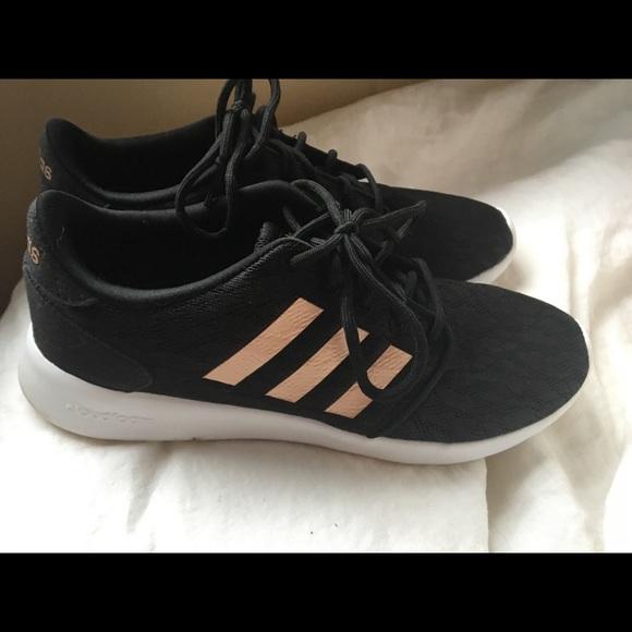 Adidas size 9 cloud form shoes (women's)
